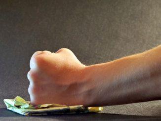 Foggia: genitore picchia vicepreside