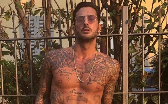 Fabrizio Corona: foto nudo su Instagram fa il boom di like