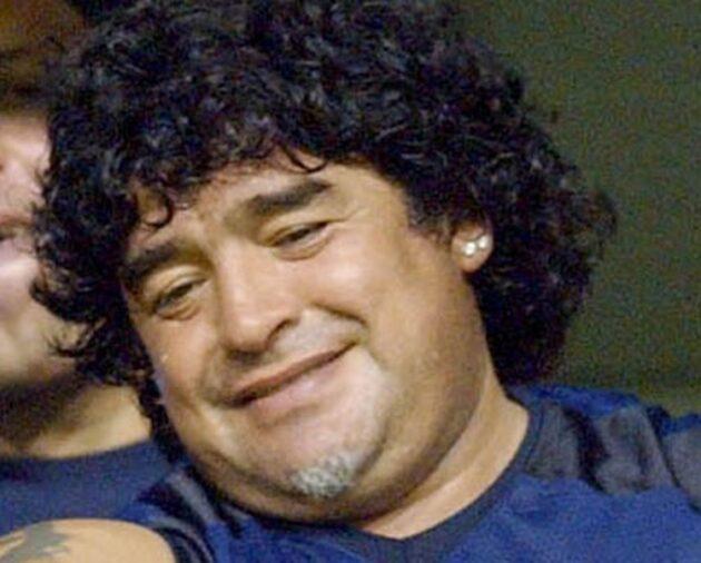 """Diego Armando Maradona, muore """"El pibe de oro"""" del calcio di tutti i tempi"""