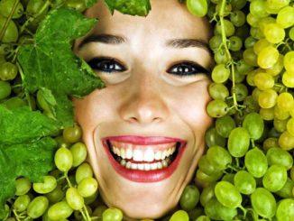 Settembre, è tempo di detox antietà. Curiamoci con l'uva.
